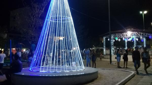 Praça Padre Cícero recebeu grande público neste sábado