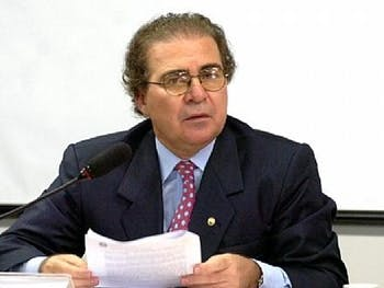 Olavo Calheiros desiste de disputar presidência da ALE