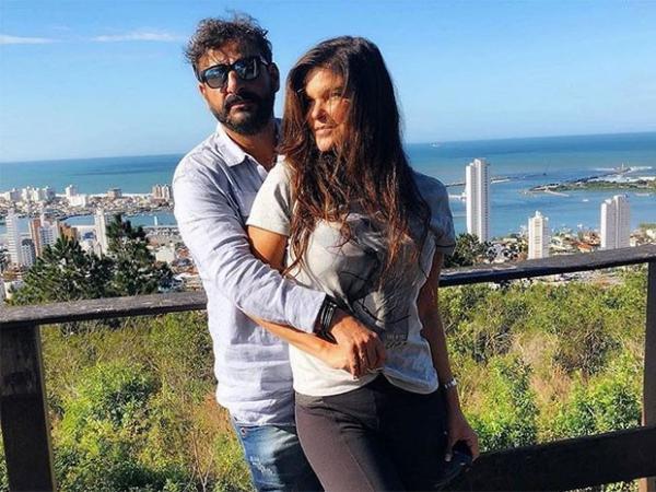 A atriz Cristiane Oliveira está com novo namorado.