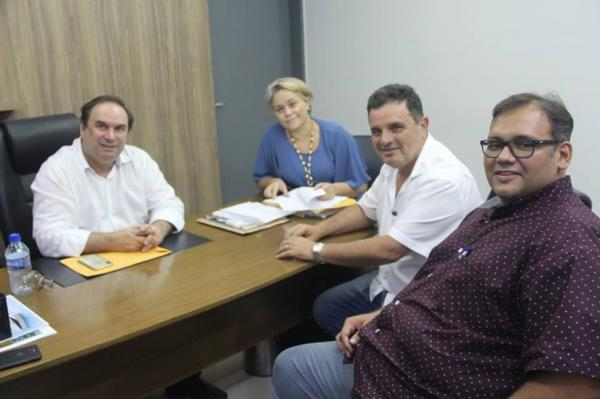 Prefeito de União visita vice-governador.