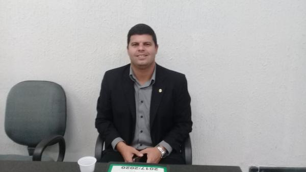 Vereador de União preocupado com açude