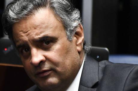STF pede bloqueio de bens de Aécio Neves no valor de R$ 1,6 milhão.