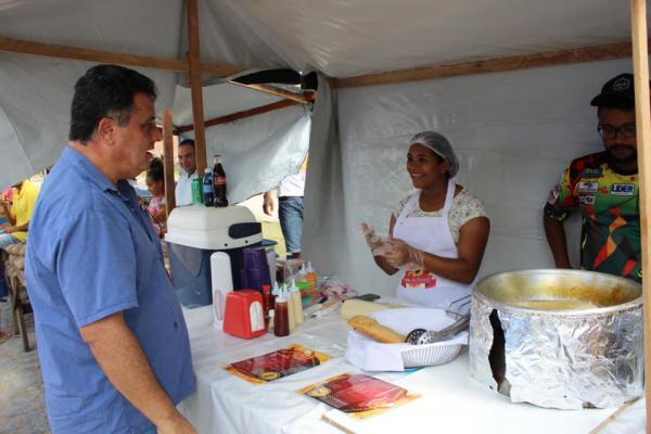Prefeitura de União dos Palmares inaugura feira-livre do conjunto Newton Pereira