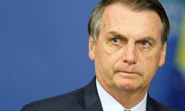 Bolsonaro diz que Guedes 'não é obrigado a continuar como ministro'