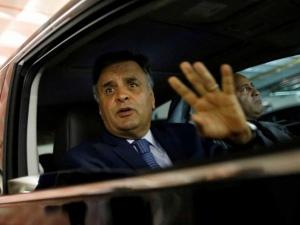 PSDB quer expulsar Aécio Neves