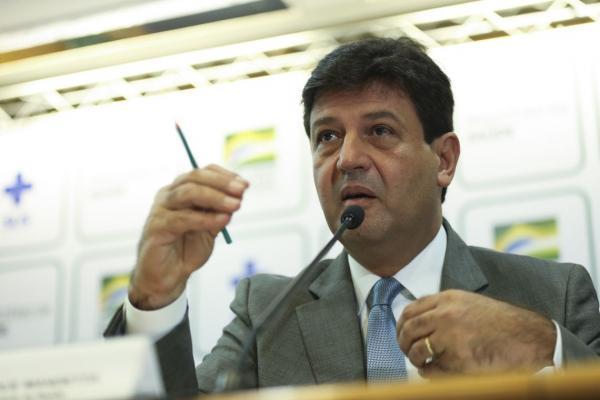 Ministro da Saúde defende que SUS seja cobrado