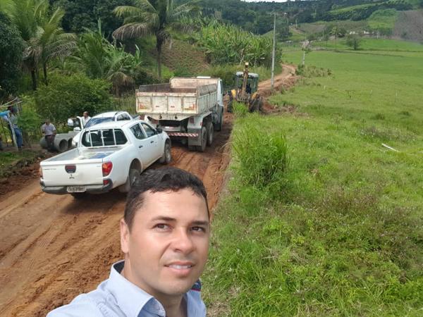 Prefeitura de União recupera estradas vicinais