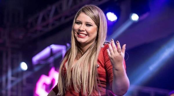 Marília Mendonça agradece a traição que sofreu dos ex-namorados.