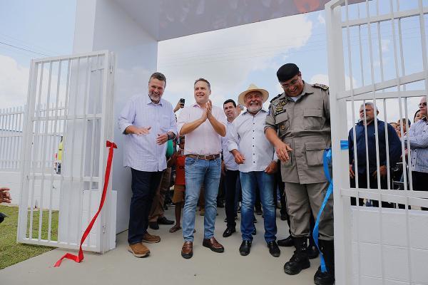 Renan Filho entrega Cisp de São Sebastião e garante reforço na segurança do Agreste