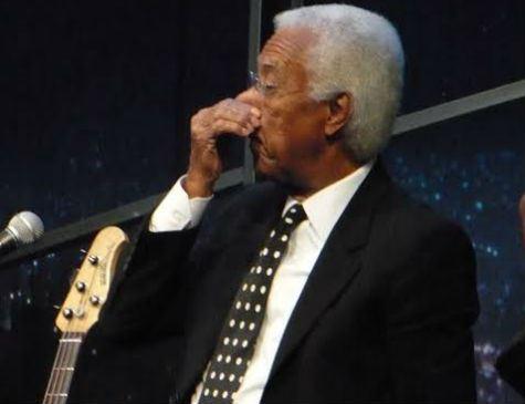 Morre Bira, baixista do sexteto do Jô Soares