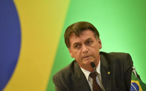Bolsonaro fará pente-fino no BB e na Caixa