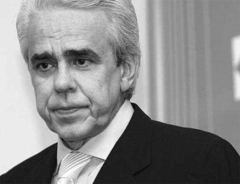 Paulo Guedes confirma Roberto Castello Branco como presidente da Petrobras