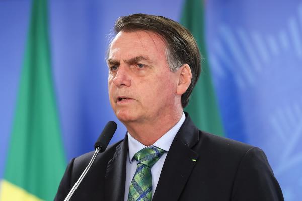 'Acabou, porra!', diz Bolsonaro sobre ordem do STF.