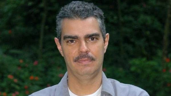 Globo proíbe filhos de Chico Anysio de usarem personagens do pai.